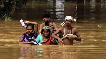 Video : Orissa floods: Nearly 800 villages marooned