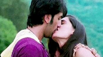 Video : Kiss of life for Ranbir-Nargis, none for Rakhi Sawant
