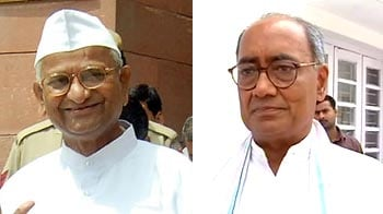 Video : Digvijaya writes to Anna, says Gandhian's being exploited by supporters