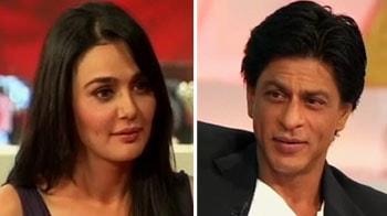SRK monkeys around with Preity