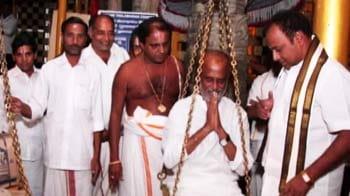 Video : Rajinikanth offers prayer at Balaji temple