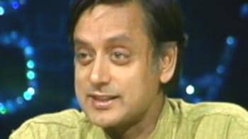 Video : Support for Tharoor on the Internet