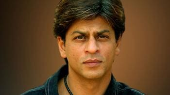 Video : Shah Rukh Khan detained at US airport