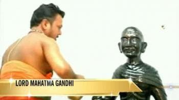 Video : Gandhi's divine avatar