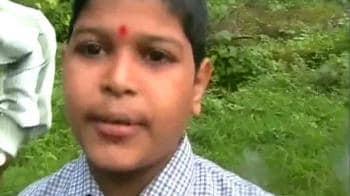 Video : 'My school bus was on fire'