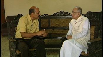 Video : I have no issue with Sonia's foreign origin: Jyoti Basu