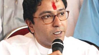 Video : Bollywood says enough to Raj Thackeray's men