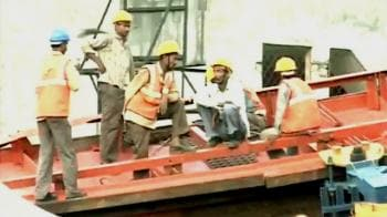 Video : Delhi Metro disaster: Safety measures overlooked?