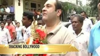 Video : Bollywood's Kapoors pray together