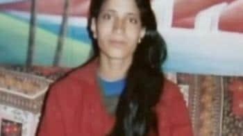 Video : Woman shot dead by militants in Shopian
