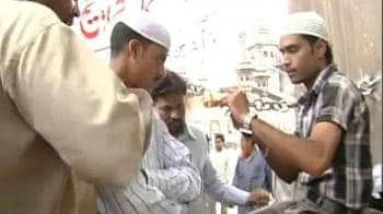Video : Andhra High Court strikes down Muslim quota