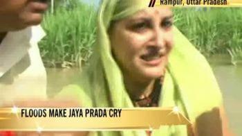 Video : Floods make Jaya Prada cry
