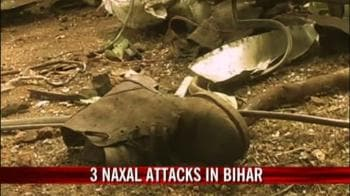 Video : Naxals hold 700 hostage on train in Jharkhand