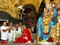 Video : Suresh Raina visits Sai Baba temple in Shirdi