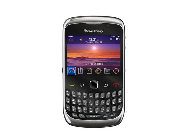 Blackberry curve 3g 9300 price specifications features for Housse blackberry curve 9300