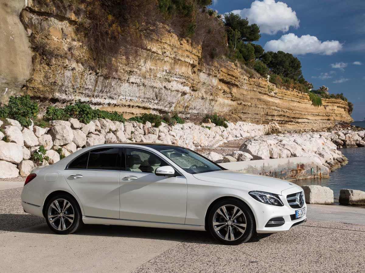 New generation mercedes benz c class for Mercedes benz of cincinnati