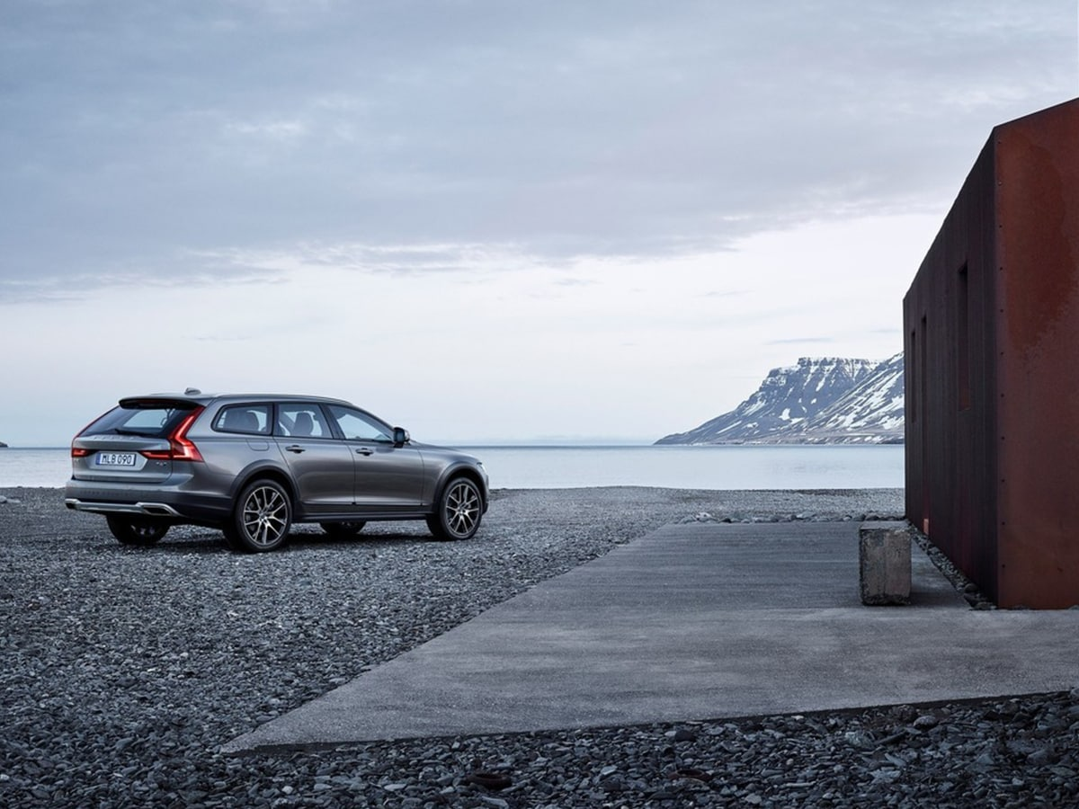 volvo v90 cross country. Black Bedroom Furniture Sets. Home Design Ideas