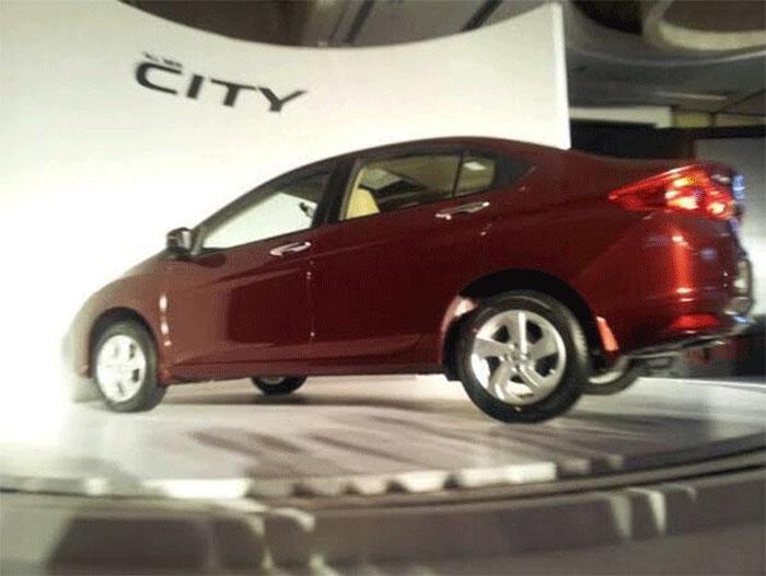 Honda Unveils Diesel Powered City Sedan
