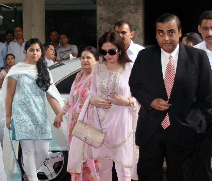 Mukesh and Family at Reliance AGM