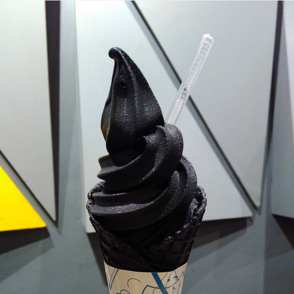 This Lastest Food Trend is Crossing Over to The Dark Side?