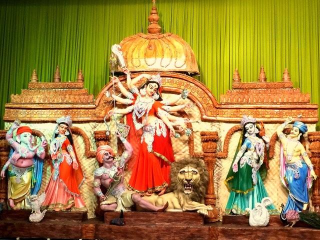 Photo : Durga Puja Through a Lens