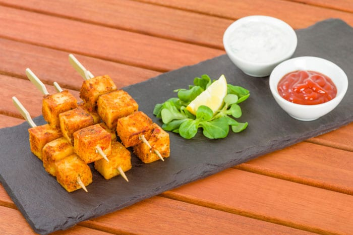 7 Healthy Indian Snacks to Munch While Watching ICC World T20