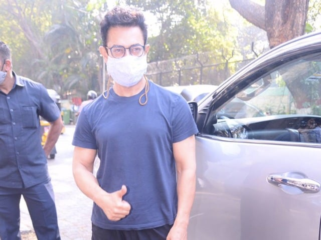 Photo : Viral: जानिए आमिर खान ने कैसे की अपनी सप्ताह की शुरुआत