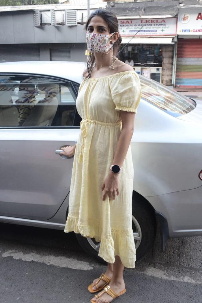 Actress Aahana Kumra was on Friday photographed in Lokhandwala.