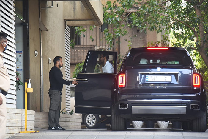 Ajay Devgn was also photographed in Juhu.
