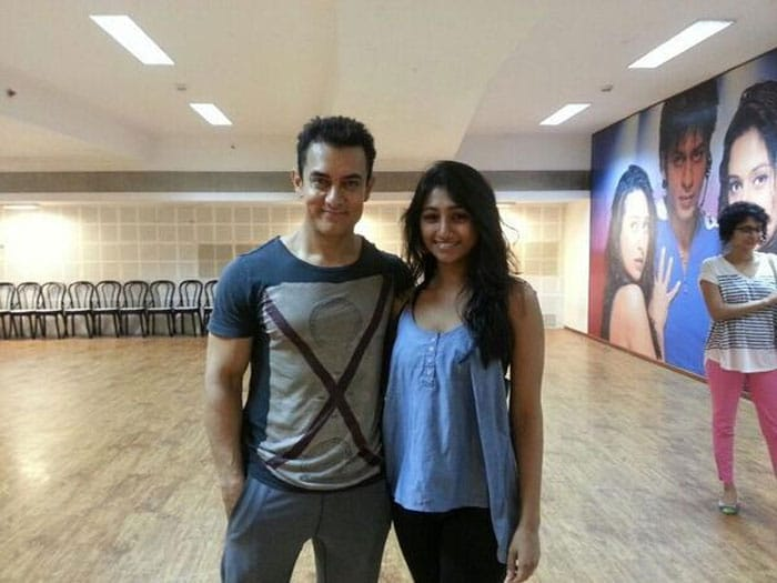 Aamir and a starry-eyed fan on the sets of Dhoom: 3