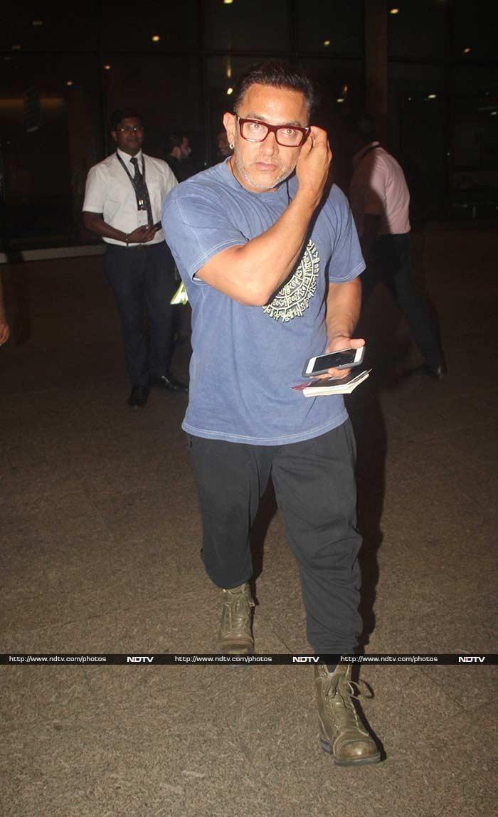 All About Aamir Khan\'s Airport Antics