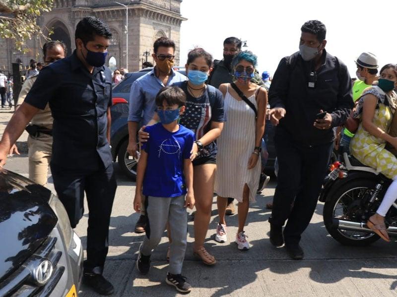Photo : फैमिली के साथ क्वालिटी टाइम बिताते दिखे आमिर खान