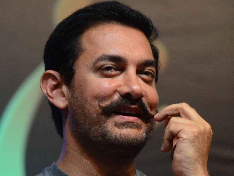 Photo : भई मूछ हों तो आमिर खान जैसी...