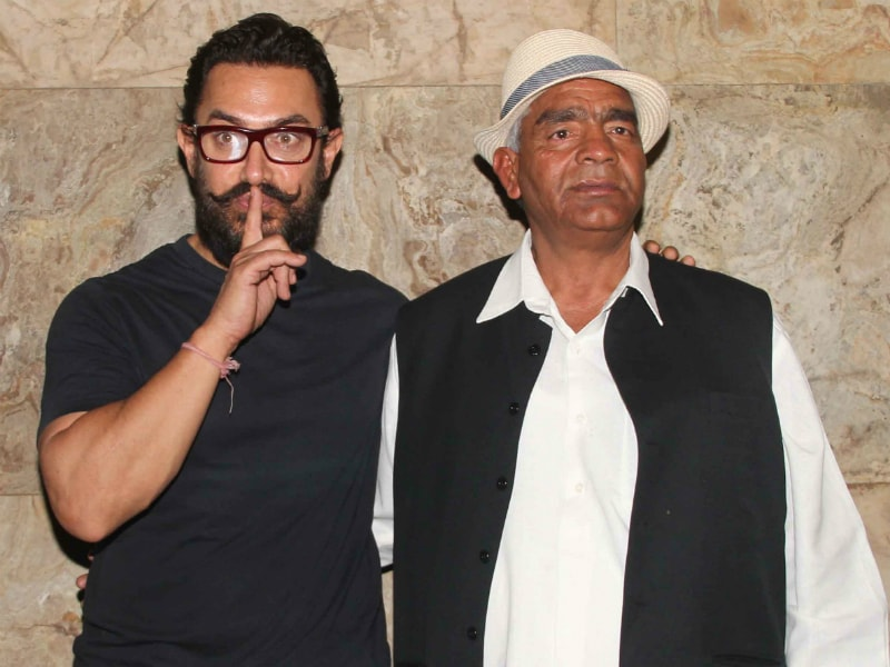 Aamir Khan Hits The Theatre With His Dangal Family