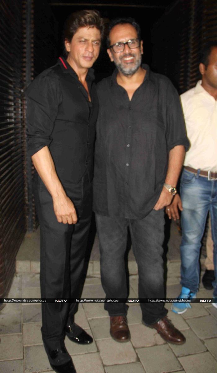 Shah Rukh Khan, Anushka Sharma\'s Party Updates From  Ground Zero