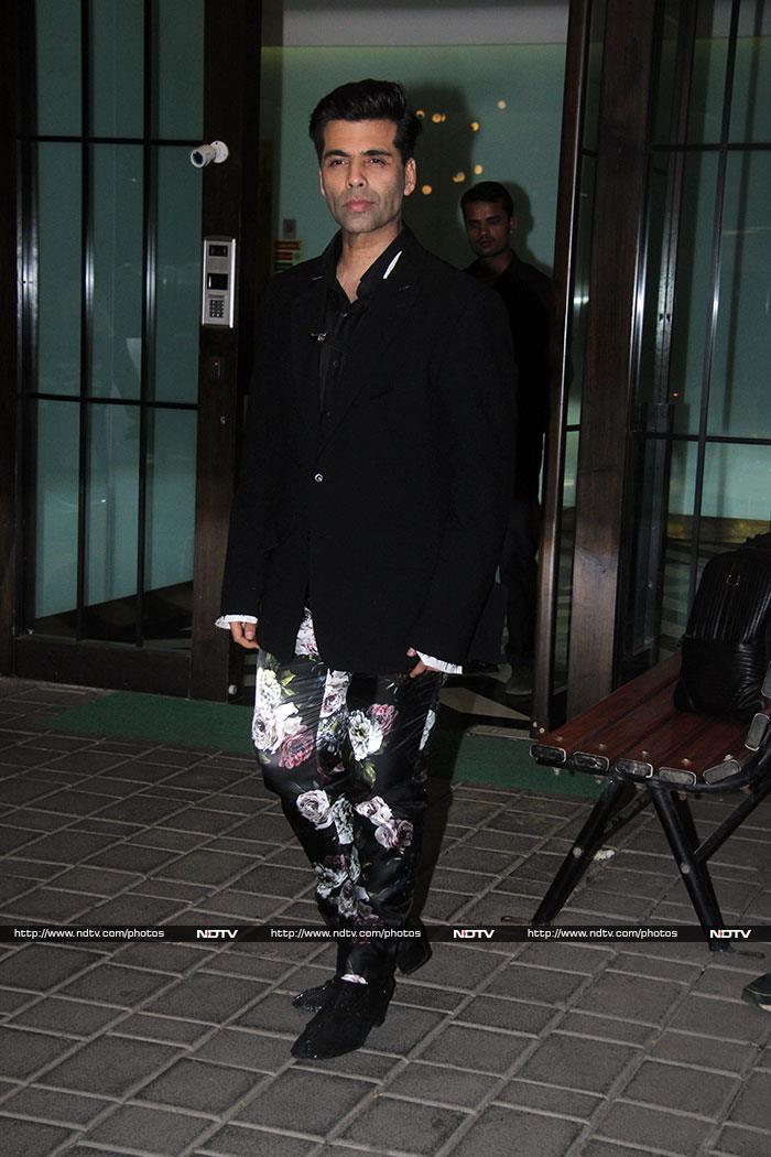 Salman Khan, Karisma Shilpa And Other Party Rockers At Arpita-Aayush\'s Party