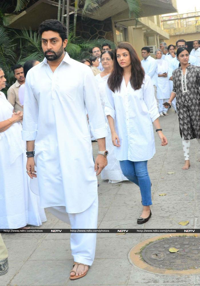 Aishwarya Rai, Abhishek Bachchan At A  Friend\'s Funeral