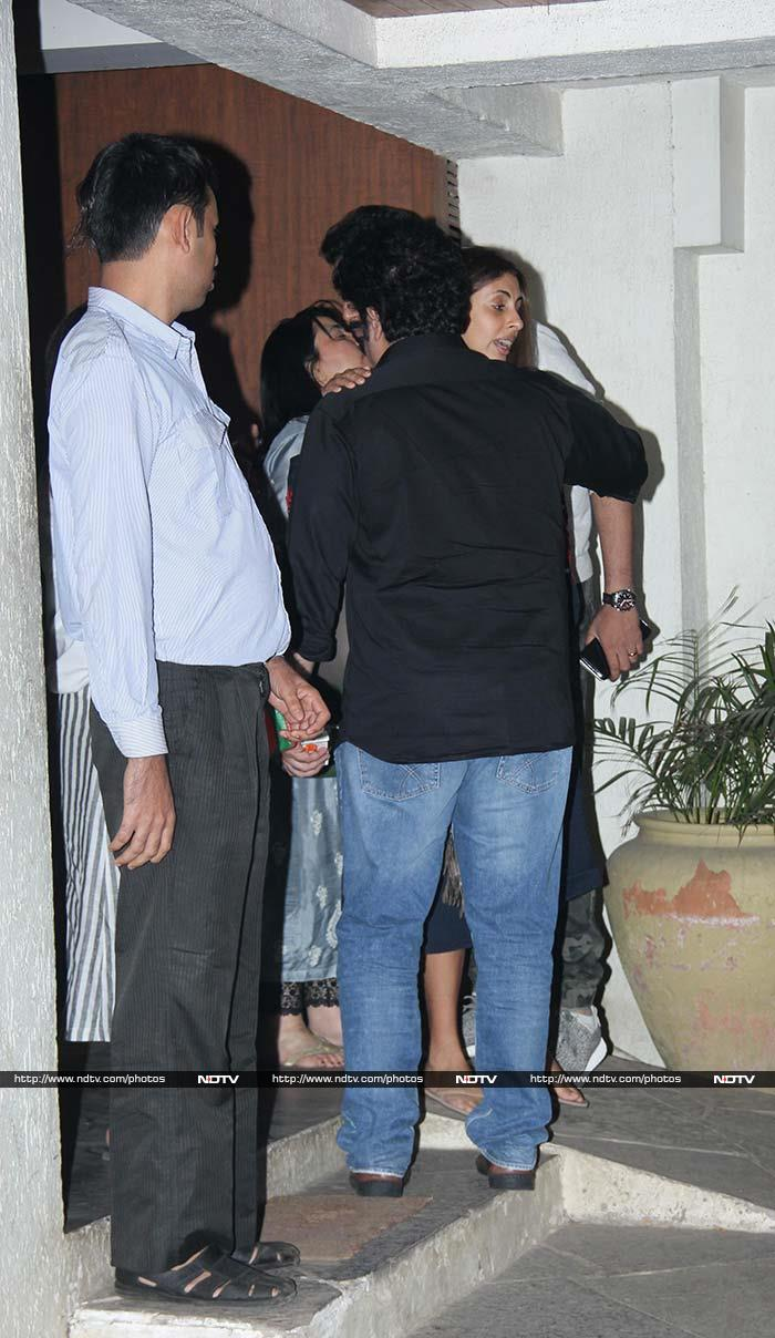 Sibling Revelry: Shweta And Abhishek Catch Up With Old Friends