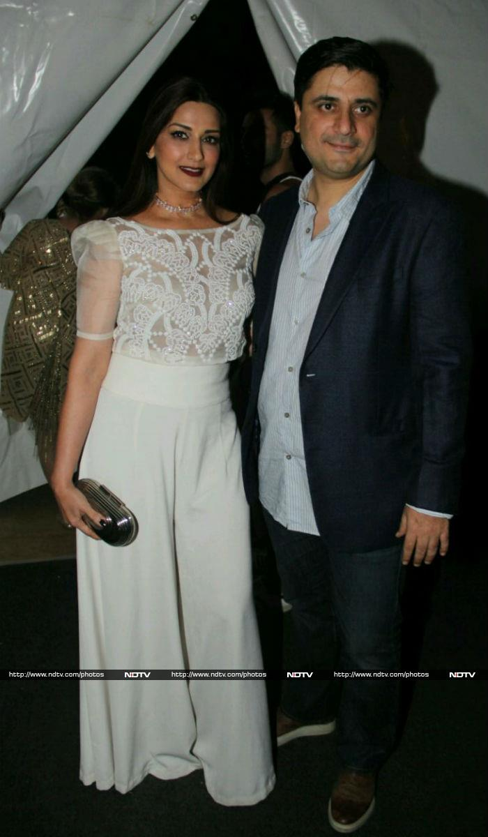 At This Fashion Show, Bachchans Lead Celeb Roll Call