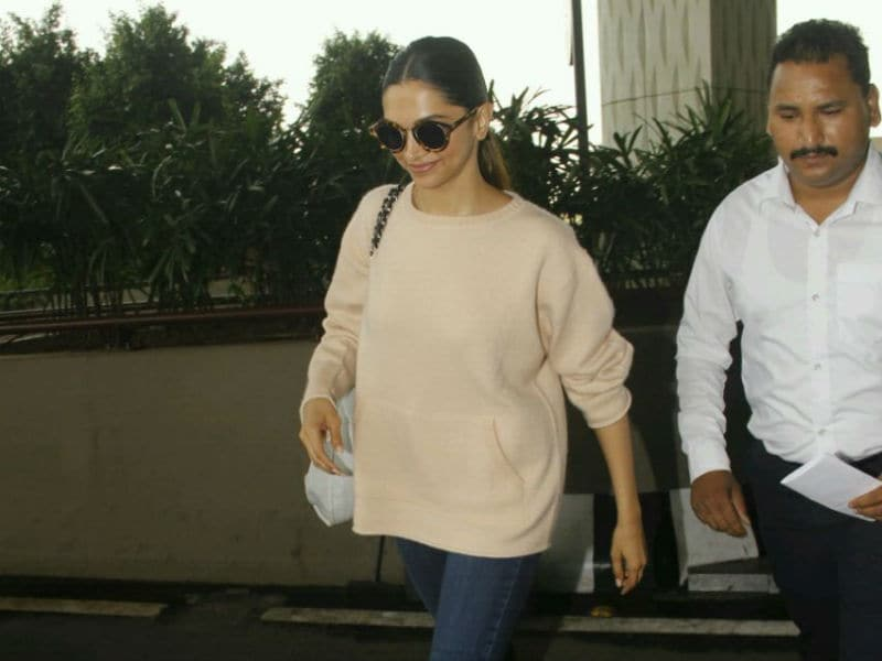 Deepika, Sonam's Guide To Travel In Style