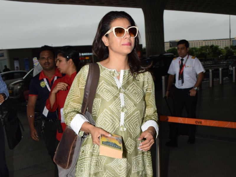 Kajol And Sonakshi Keep The Airport Busy