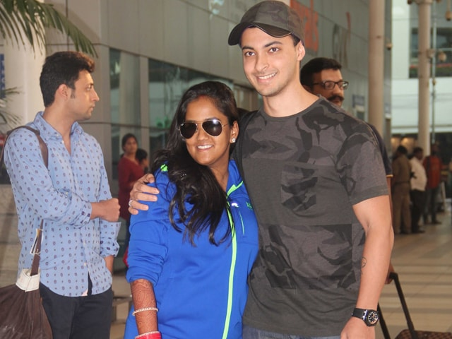 Newlyweds Arpita, Aayush Back in Mumbai in Time for Reception