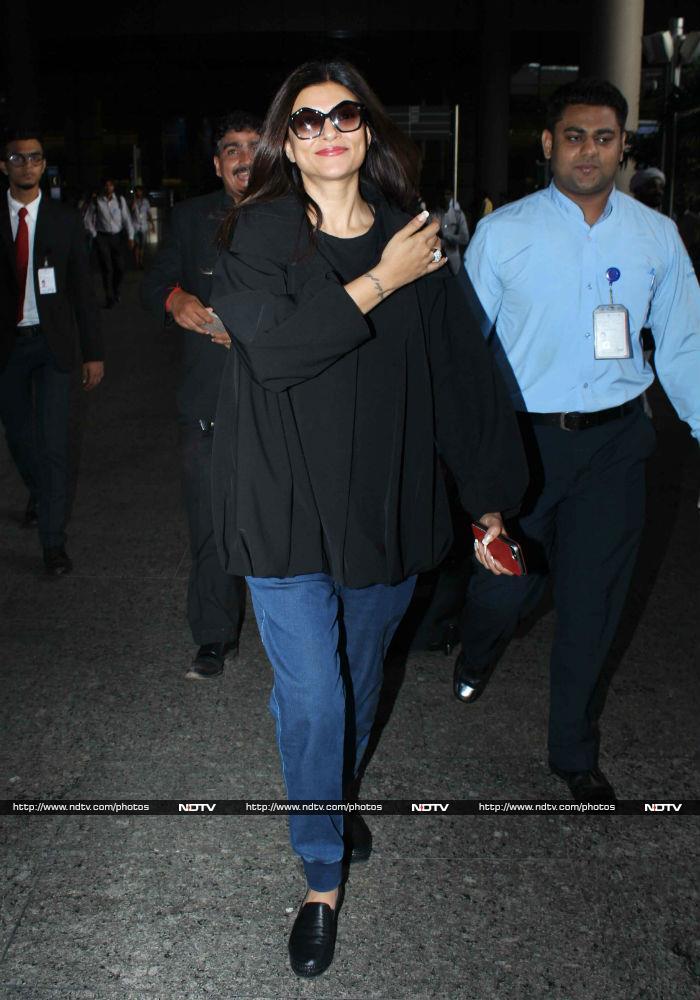 Sushmita Sen Sports A Comfy Look At The Airport