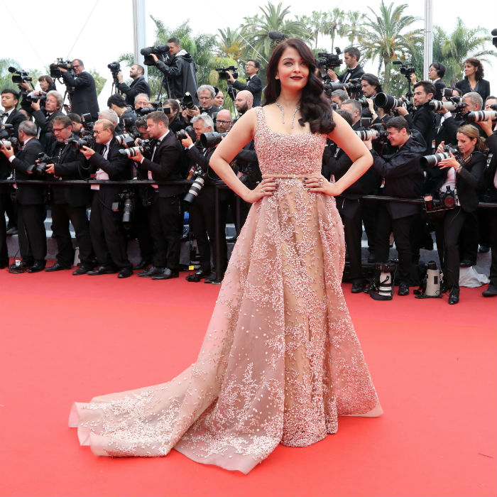 Cannes 2016: Aishwarya Rai Strikes Gold in Elie Saab