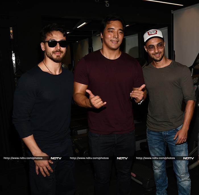 Aishwarya\'s Weekendnama With Aaradhya And Abhishek