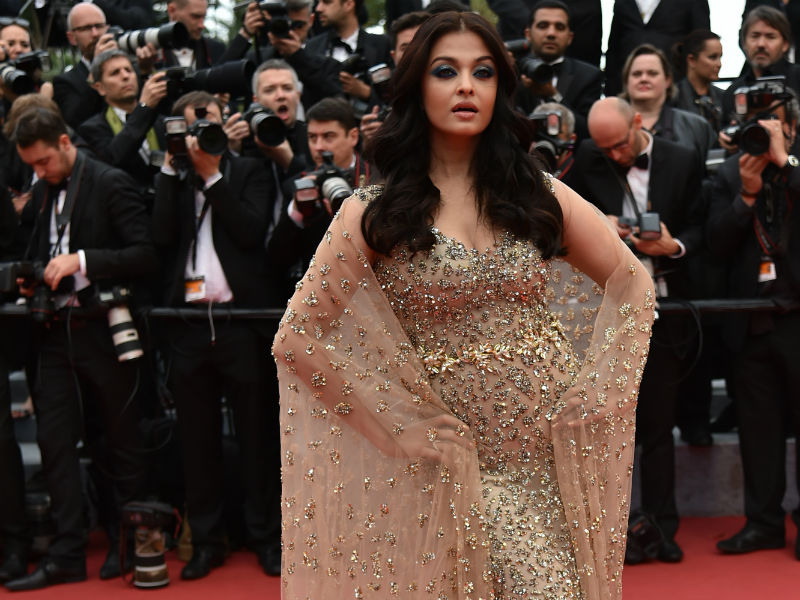 At Cannes, 24 Carat Aishwarya Stops Traffic in Glittering Dress