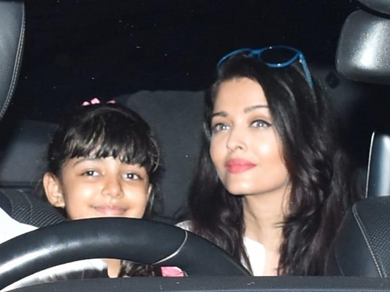 Photo : ऐश्वर्या राय बच्चन बेटी आराध्या के साथ की गईं स्पॉट