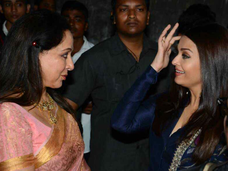 A Night With Dream Girls: Aishwarya Rai, Hema Malini
