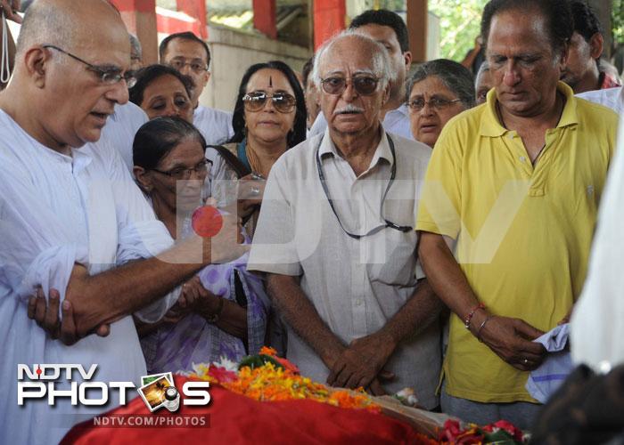 Farewell, A K Hangal