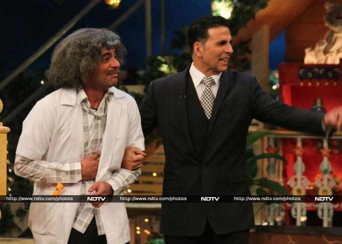 What\'s With That Expression, Akshay Kumar?